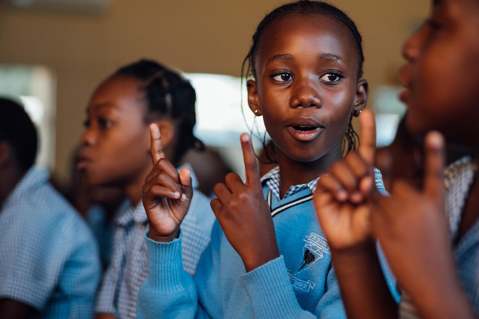 Kinder lernen in der Schule Forevermark Bildung